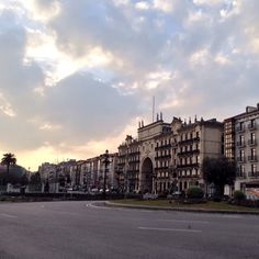 Paseo de Pereda, Gran Vía de Santander Louvre, Street View, Building, Travel, Walks, Buildings, Viajes, Traveling, Tourism