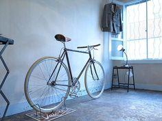 あえてのサビ加工が美しい! インテリアのような自転車「イタリア・ヴェローチェ」 - エキサイトニュース