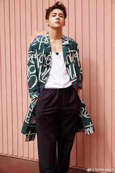 Name: Zeng Shun Xi Native name: 曾舜晞 Also Known as: Joseph Zeng Joseph, Heavenly Sword, Asian Actors, Asian Beauty, Brother, Street Wear, Bomber Jacket, Boys, Drama