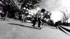 El Santo skateboards Chillin en Barcelona
