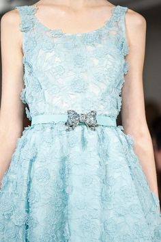Oscar de la Renta Spring 2013 RTW - Details - Fashion Week - Runway, Fashion Shows and Collections - Vogue