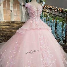 Cheap bohemian wedding gown, Buy Quality wedding gowns directly from China luxurious wedding Suppliers: Pink Flower Luxury Wedding Dress 2018 Ball Gown Bride Dresses Lace Vestido de Casamento Cap Sleeve Diamond Bohemian Wedding Gown Pink Wedding Dresses, Luxury Wedding Dress, Cute Prom Dresses, 15 Dresses, Ball Dresses, Pretty Dresses, Beautiful Dresses, Wedding Gowns, Ball Gowns