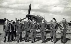 Wing Commander John Beazley, who has died aged was a Battle of Britain fighter pilot and saw almost continuous action during the Second World War. The Spitfires, Little Britain, Naval History, Military History, Ww2 Pictures, The Blitz, Battle Of Britain, Ww2 Aircraft, Royal Air Force