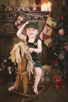 Green Velvet boy romper props whit fur or flat cap Flat Cap, Green Velvet, Rompers, Fur, Etsy Shop, Trending Outfits, Boys, Handmade Gifts, Vintage
