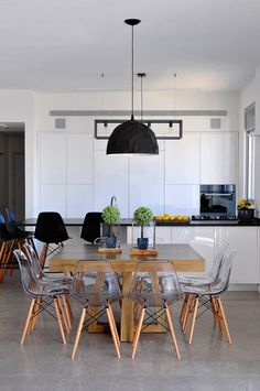 Juxtapositions Work #whitekitchen #KitchenDesign
