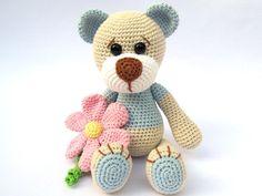 Peluche con flor Amigurumi Crochet patrón / PDF por DioneDesign