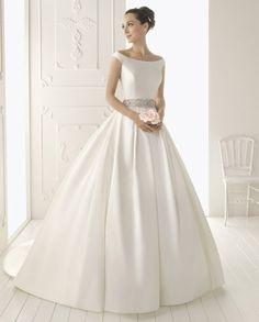 Vestidos de novia de Aire Barcelona {Colección 2013 · Modelo, Riaz} #weddingdresses #bride #spain
