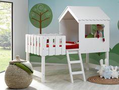 Lit cabane mi-hauteur Robin. A découvrir sur chambrekids.com : un fabricant français créateur de meubles pour enfant écologiques et durables. Une sélection de la rédaction de source-a-id.com.