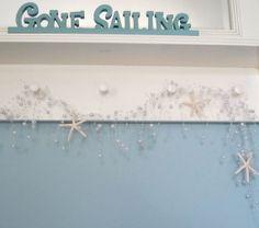 Playa decoración blanca Starfish Garland  por beachgrasscottage, $24.00