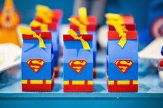 Batman scrap by bia superman favor box milk box super hero. Superman Party, Superman Birthday, Superhero Party, 10th Birthday Parties, Birthday Box, Wonder Woman Party, Milk Box, Childrens Party, Favor Boxes
