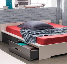 pat cu sertare dormitor modern