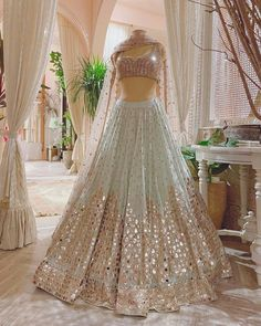Party Wear Indian Dresses, Indian Wedding Gowns, Desi Wedding Dresses, Indian Gowns Dresses, Indian Bridal Outfits, Indian Fashion Dresses, Dress Indian Style, Bridal Dresses, Indian Bridesmaid Dresses
