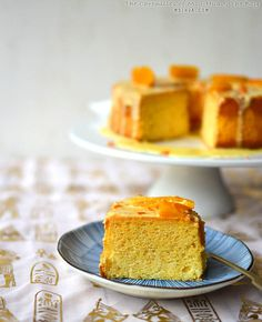 A light and fluffy sponge cake that will never disappoint your guests. Baking Recipes, Cake Recipes, Dessert Recipes, Orange Chiffon Cake, Pastry School, Cupcake Cakes, Bundt Cakes, Cupcakes, Orange Recipes