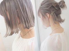 美容師の伊藤 竜さんのインスタグラム(Instagram)写真「ハイブリーチカラーのメニューは取りづらいのでDMしてください☺︎.ホットペッパーで×になっててもとれる場合があります☺︎ .夏は新色ミルクティーグレーで透明感たっぷりのカラーで☺︎☺︎..ベージュのようなグレ」。芸能人・有名人のInstagram(インスタグラム)。
