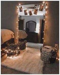 35 Beautiful DIY Fairy Light for Minimalist Bedroom Decoration - Bedroom inspirations - # Bedroom Inspiration Cozy, Bedroom Inspo, Bedroom Retreat, String Lights In The Bedroom, Aesthetic Room Decor, Small Room Bedroom, Master Bedroom, Bed Room, Ikea Bedroom