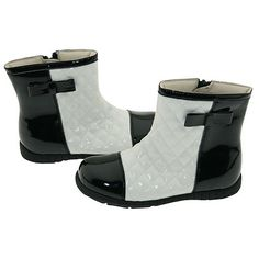 Amazon.com: Girls Cream Black Quilted Patent Fashion Boots Toddler Little Girl 5-2: IM Link: Shoes