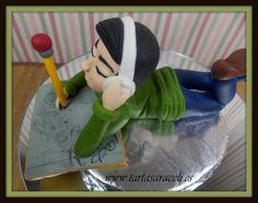 Seguimos haciendo figuras para que tú las coloques encima de tu tarta.