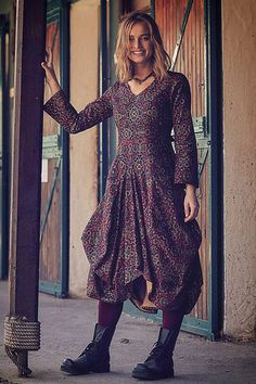 Vzorované šaty s dlouhým rukávem Los Banditos Reina Urban Chic, Flower Power, Boho Fashion, Boho Chic, Dresses With Sleeves, Retro, Long Sleeve, Floral, Model