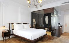 A deluxe room at Georges Hotel in Istanbul