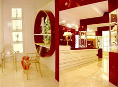 Burgo Jewelry - Interior design and architecture for luxury shop and jewelry Jewelry Store Design, Jewellery Display, Jewelry Stores, Luxury Shop, Oversized Mirror, Interiors, Interior Design, Architecture, Furniture