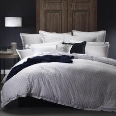 Kent Silver Quilt Cover Set by Royal Doulton