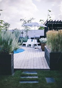 Having a pool sounds awesome especially if you are working with the best backyard pool landscaping ideas there is. How you design a proper backyard with a pool matters. Outdoor Areas, Outdoor Rooms, Outdoor Living, Outdoor Decor, Outdoor Benches, Mini Piscina, Landscape Design, Garden Design, Backyard Pool Landscaping