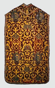 Chasuble with coat of arms of Stephen Báthory by Anonymous from Italy, 1576-1586 (PD-art/old), Muzeum Katedralne na Wawelu