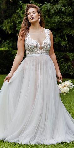 Wtoo lace and tulle plus size wedding dress / http://www.deerpearlflowers.com/plus-size-wedding-dresses/