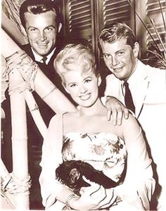 Hawaiian Eye Robert Conrad, Connie Stevens, Troy Donahue