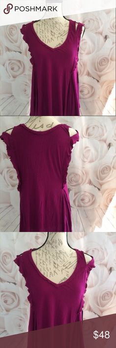 """Free People Cold Shoulder NWT Magenta Blouse Small High low tunic with ruffled cold shoulder details. 28"""" l and 18.5"""" bust. Low v neck. I love offers! Free People Tops Tunics"""