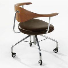 Hans Wegner; Teak, Leather and Chromed Steel Swivel Chair for Johannes Hansen, c1955.