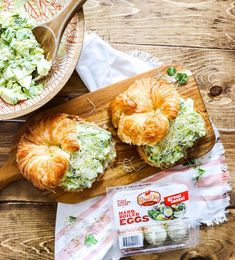 Bring along this Avocado Egg Salad Sandwich made with Great Day Farms hard-boiled eggs to your next summer picnic! Avocado Egg Salad, Tuna Salad, Chicken Salad, Egg Salad Sandwiches, Sandwich Recipes, Hard Boiled, Boiled Eggs, Summer Picnic, Farms
