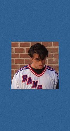 Joey Friends, Friends Cast, Friends Moments, Friends Series, Cute Friends, Friends Tv Show, 1440x2560 Wallpaper, Cute Wallpaper Backgrounds, Wallpaper Iphone Cute