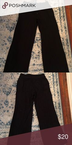 Express Wide Legged Swatpants Express Wide Legged Sweat Pants.  It's in great condition. SUPER COMFORTABLE! I no longer wear it because my style has evolved. Nothing wrong with it.   All items in this closet come from a smoke- free/ pet- friendly (non-shedding) home.   Make me an offer! Please no low balling! I try to keep my prices low as is :) Express Pants Wide Leg