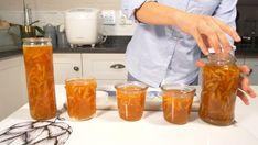 A delicious recipe of Homemade Orange Marmalade Homemade Orange Marmalade Recipe, Gram Of Sugar, Oranges And Lemons, Plain Yogurt, Orange Recipes, Vanilla Essence, Orange Peel, Few Ingredients, Blood Orange
