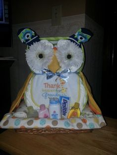 Diaper owl cake