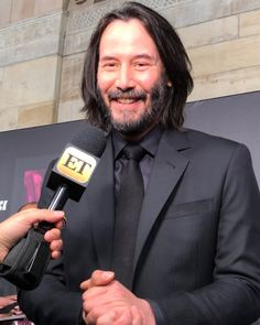 Keanu Reeves John Wick, Keanu Charles Reeves, Keanu Reeves Movies, John Wick Movie, Zen Rock Garden, Gorgeous Body, Ex Boyfriend, Smile Face, Style Icons