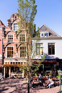 Discover Delft and join a guided city walk Delft, Walking Map, Tourist Office, Holy Roman Empire, Tourist Information, Holland, Boat Tours, Plan Your Trip, Trip Planning