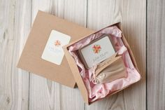 I really want to start packaging soon!   inside of Julie Blum Photography packaging