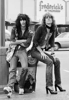 New York Dolls' Johnny Thunder and David Johansen, 1973. Photo by Bob Gruen, courtesy of Pop International Galleries