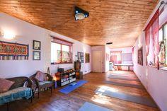 Meditazione Corsi Bra Reiki, Loft, Bed, Furniture, Home Decor, Homemade Home Decor, Decoration Home, Stream Bed, Room Decor