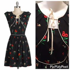 "Modcloth Trollied Dolly Black Poppy sz L Gorgeous Brand new with tags!  Bust 18"" flat waist 15"" flat.  Size large ModCloth Dresses Midi"