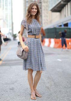 Hay vestidos con los que nunca fallas, y más si se sabe combinar bien los complementos que se convierten en los protagonistas