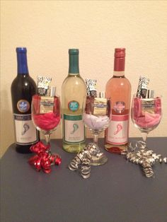 gifts for coworkers How to Make Creative Christmas Gifts for Teachers From Kids Inexpensive Christmas Gifts, Creative Christmas Gifts, Diy Christmas Presents, Easy Diy Christmas Gifts, Teacher Christmas Gifts, Christmas Gifts For Friends, Christmas Fun, Teacher Gifts, Co Worker Gifts Christmas