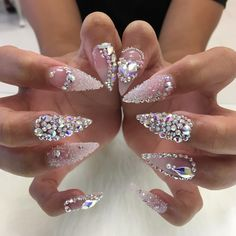 See this Instagram photo by @nailsbymztina • 8,089 likes