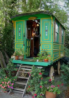 Romany, Romani caravan  by artspics_1