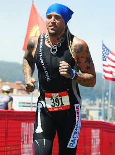 Despite his own severe arthritis, athlete David Nonemacher joined Racing For A Cure to join in the fight to cure arthritis! Check out his brave story here! http://www.curearthritis.org/david-nonemacher-athlete/