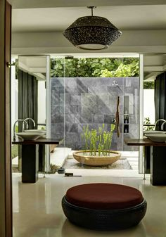 40 Amazing Bathroom Designs That Fused with Nature | http://www.designrulz.com/design/2013/04/amazing-bathroom-designs-that-fused-with-nature/