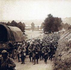Colonne de soldats français