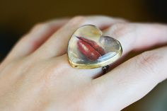 Lips Painting under Glass Heart Ring Brass Bronze oil on Lips Painting, Pastel Red, Lovers Eyes, Heart Beating Fast, Eye Jewelry, Golden Color, Wearable Art, Antique Jewelry, Heart Ring
